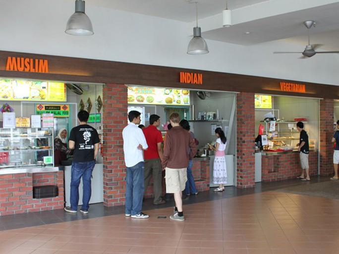 Khu ăn uống sang trọng khó tin của ĐHQG Singapore - Ảnh 1.