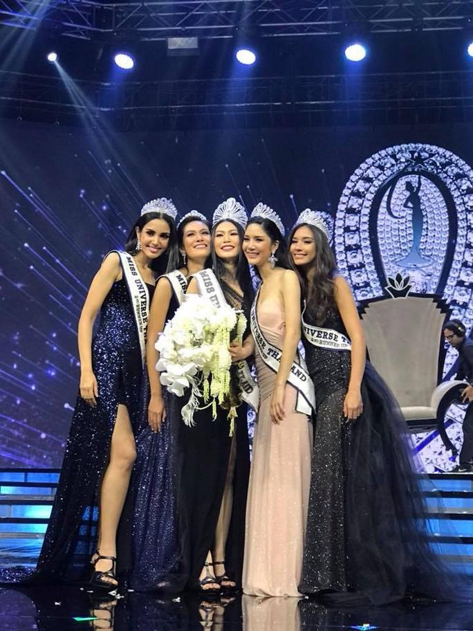 Nhan sắc Tân Hoa hậu Hoàn vũ Thái Lan gây tranh cãi - Ảnh 2.