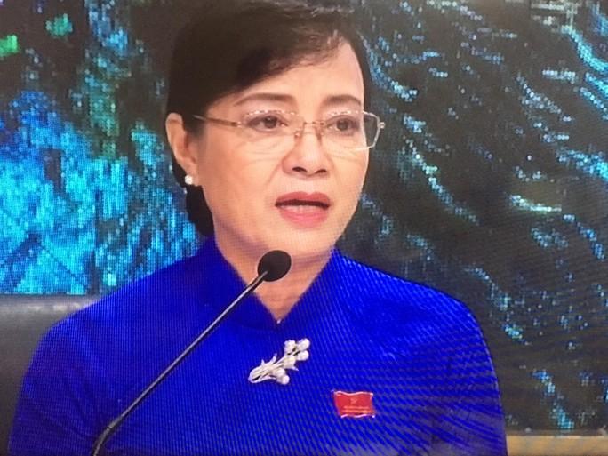Chủ tịch HĐND TP HCM nghẹn lời với tâm sự nhói lòng của người móc cống - Ảnh 1.