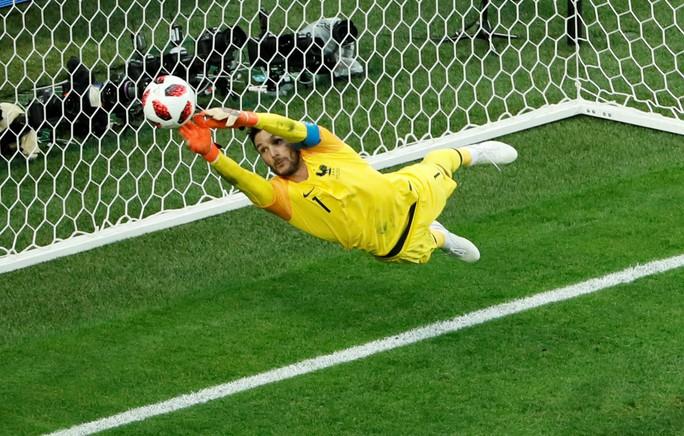 Trung vệ Umtiti lập công, tuyển Pháp vào chung kết - Ảnh 3.