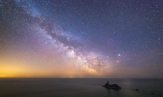 Mỡ không gian đe dọa du hành giữa các vì sao - Ảnh 1.