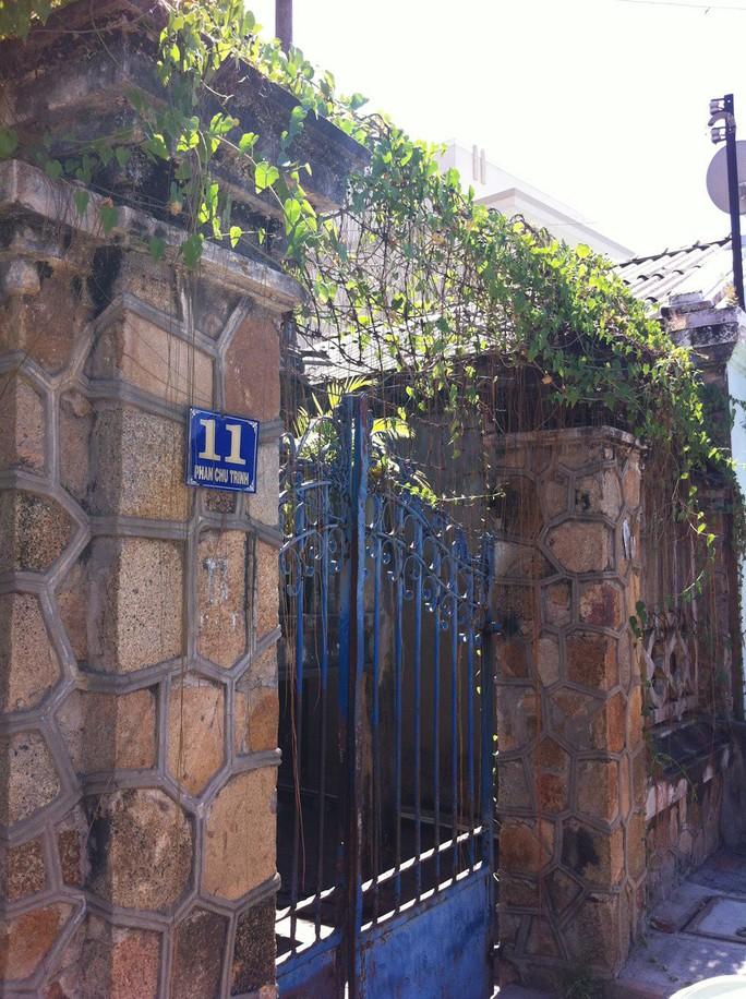 Đại gia mù lấy 3 vợ, xây biệt thự to nhất phố biển Phan Thiết - Ảnh 7.