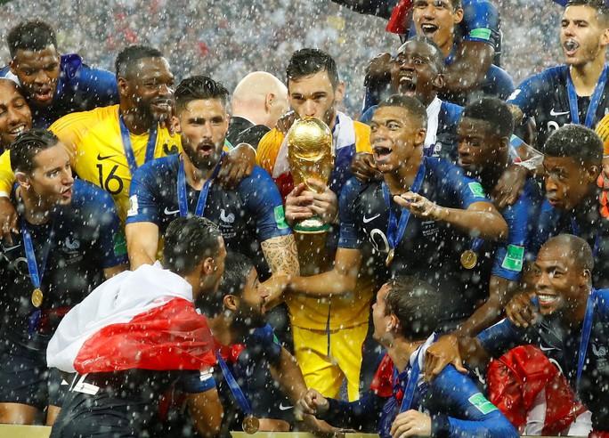 Nước mắt hào hùng vùng Balkan khi Croatia thua Pháp - Ảnh 16.