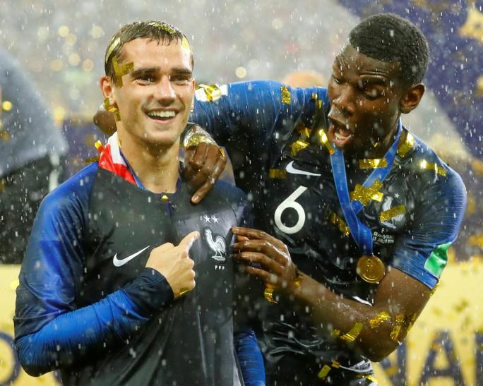Griezmann đã chuẩn bị sẵn áo đấu tuyển Pháp gắn 2 sao trước trận chung kết - Ảnh 5.