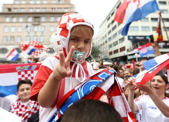 Croatia được chào đón như người hùng tại quê nhà - Ảnh 16.
