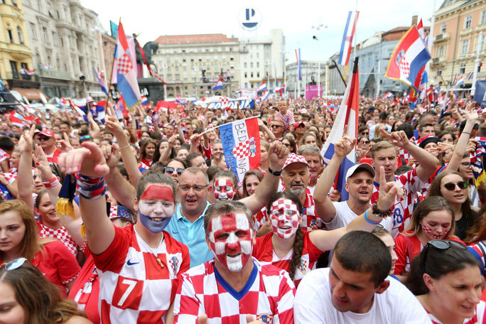 Croatia được chào đón như người hùng tại quê nhà - Ảnh 6.