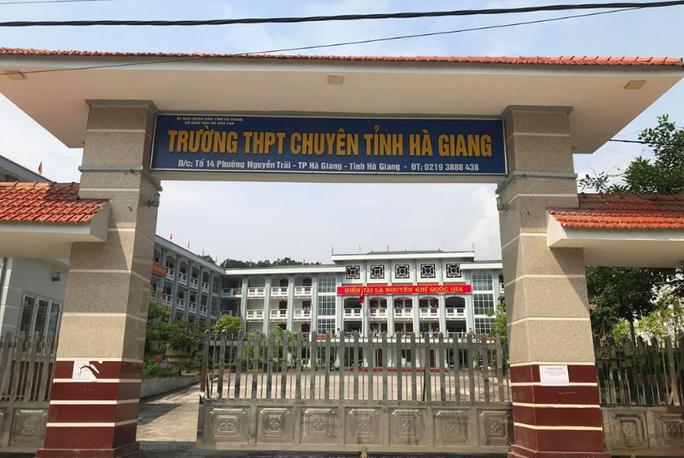 Vụ điểm thi cao bất thường ở Hà Giang: Nếu sai, cần xử lý hình sự cũng phải làm - Ảnh 1.