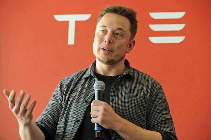 Tỉ phú Musk chỉ trích thợ lặn, công ty bốc hơi 2 tỉ USD - Ảnh 1.