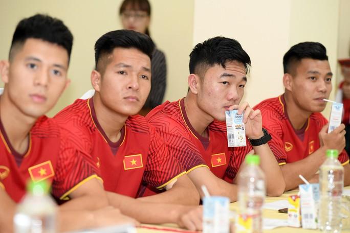 VPMilk tiếp tục đồng hành cùng thầy trò Park Hang Seo - Ảnh 3.