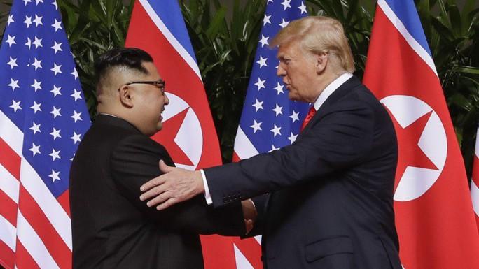 Ông Trump lại đổi giọng về phi hạt nhân hóa Triều Tiên - Ảnh 2.
