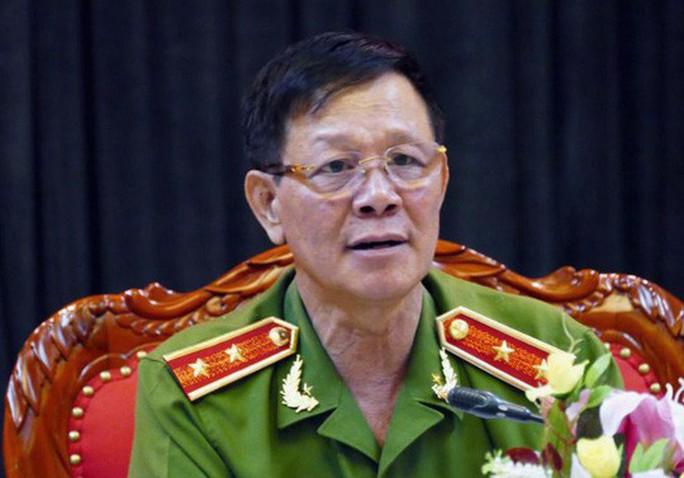 Ông trùm khai cho ông Phan Văn Vĩnh đồng hồ Rolex, 27 tỉ đồng và 1,7 triệu USD? - Ảnh 1.