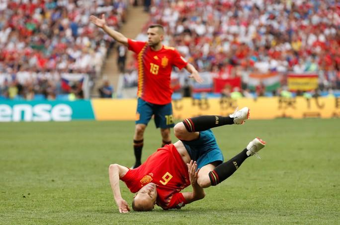 Tây Ban Nha bị Nga loại: Dứt điểm kém, ngay cả trên chấm 11 m - Ảnh 7.