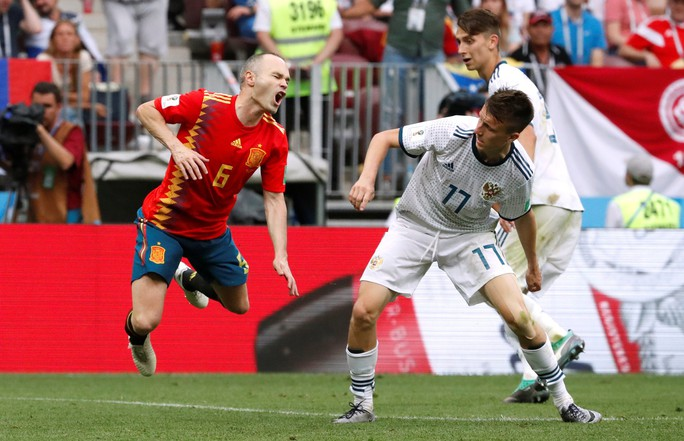 Tây Ban Nha bị Nga loại: Dứt điểm kém, ngay cả trên chấm 11 m - Ảnh 6.
