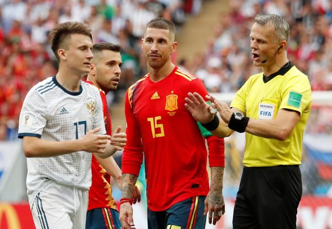 Hierro từ chức HLV trưởng tuyển Tây Ban Nha - Ảnh 1.