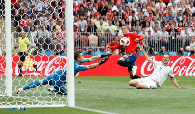 Tây Ban Nha bị Nga loại: Dứt điểm kém, ngay cả trên chấm 11 m - Ảnh 2.