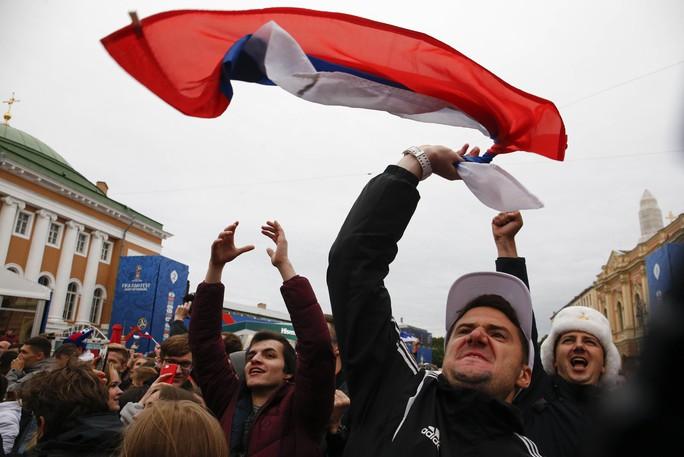 Nước Nga không ngủ sau chiến thắng trước Tây Ban Nha - Ảnh 7.
