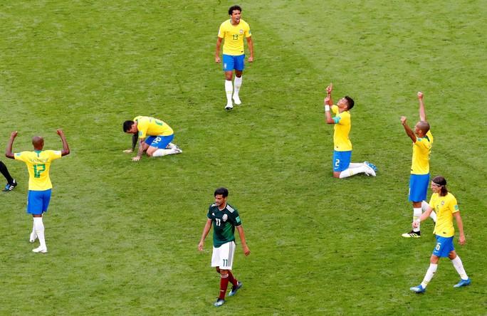 Neymar tuyên bố sung sức sau khi giúp Brazil hất văng Mexico - Ảnh 5.