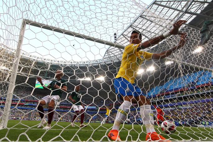Neymar tuyên bố sung sức sau khi giúp Brazil hất văng Mexico - Ảnh 4.