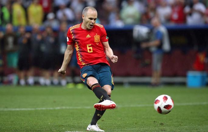 Huyền thoại Iniesta chia tay đội tuyển quốc gia - Ảnh 1.