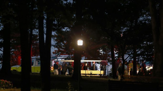 Tông chết 5 học sinh, tài xế bỏ trốn, xe để lại bị đốt rụi - Ảnh 2.