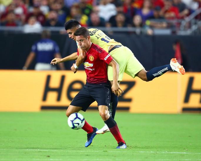 Juan Mata ghi bàn, M.U hòa may mắn trên đất Mỹ - Ảnh 4.