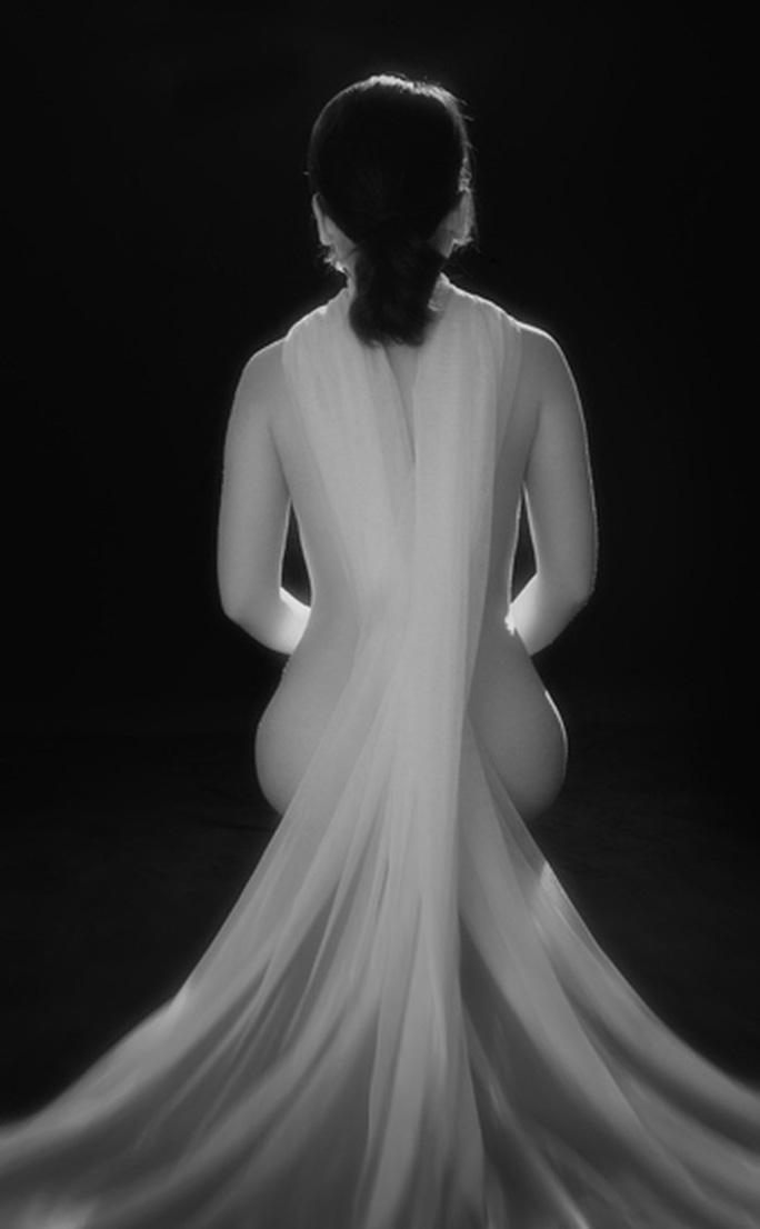 """Ngắm loạt """"Ảnh nude nghệ thuật"""" tại triển lãm quy mô quốc gia - Ảnh 10."""