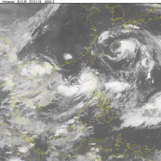 Áp thấp nhiệt đới chồng áp thấp nhiệt đới trên biển Đông - Ảnh 2.