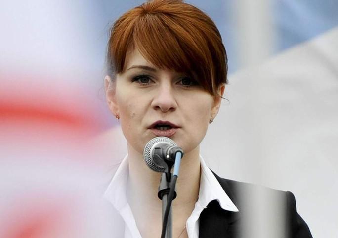 Nga kêu gọi Mỹ thả cô gái bị cáo buộc gián điệp - Ảnh 1.