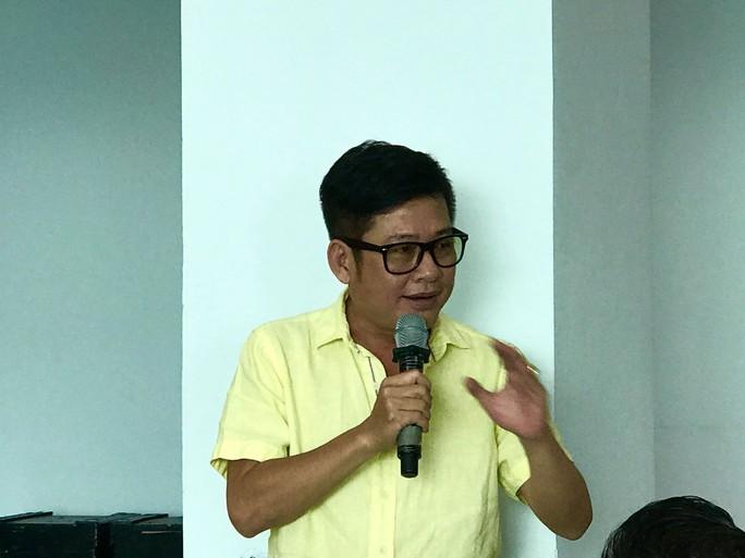 Danh hài Tấn Beo lần đầu làm MC Chuông vàng vọng cổ - Ảnh 1.