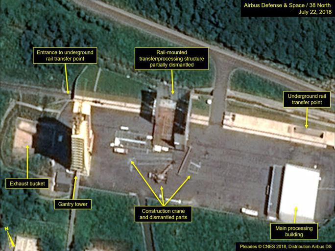 Triều Tiên có động thái lạ tại bãi thử tên lửa - Ảnh 2.