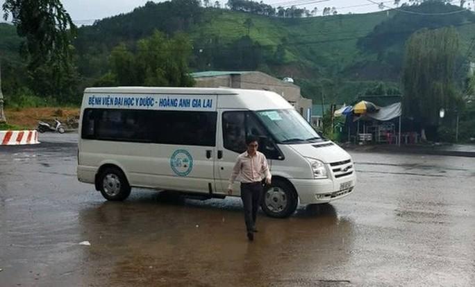 HAGL giải cứu 26 người mắc kẹt trong vụ vỡ đập thủy điện ở Lào - Ảnh 3.