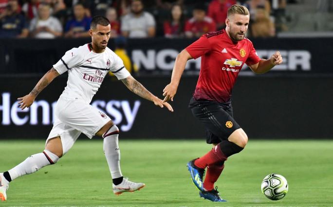 Kịch tính loạt sút luân lưu 11m giúp M.U thắng AC Milan - Ảnh 3.