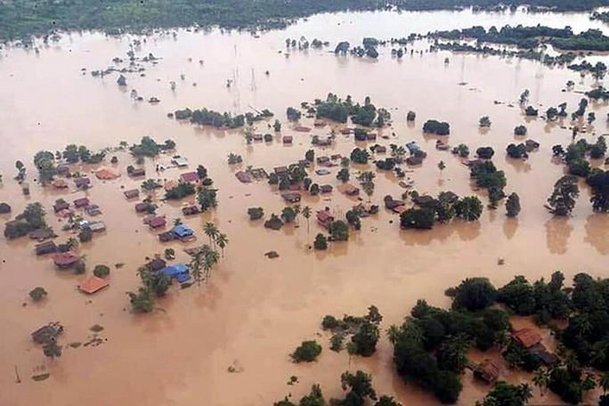Vỡ đập thủy điện tại Lào: Linh tính trong đêm cứu hàng trăm người - Ảnh 1.