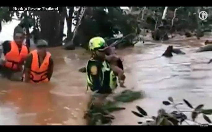 Tình nguyện viên cứu đội bóng Thái Lan tiếp tục cứu bé trai ở Lào - Ảnh 1.