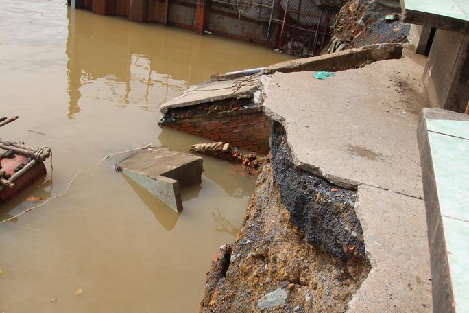 Chưa hết hạn bảo hành, kè tiền tỉ trôi xuống sông Đồng Nai - Ảnh 7.