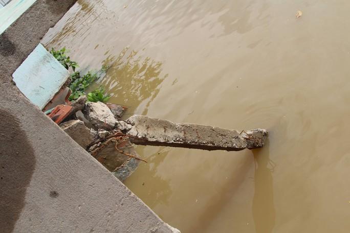 Chưa hết hạn bảo hành, kè tiền tỉ trôi xuống sông Đồng Nai - Ảnh 6.
