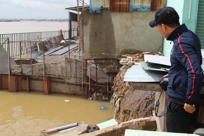 Chưa hết hạn bảo hành, kè tiền tỉ trôi xuống sông Đồng Nai - Ảnh 11.
