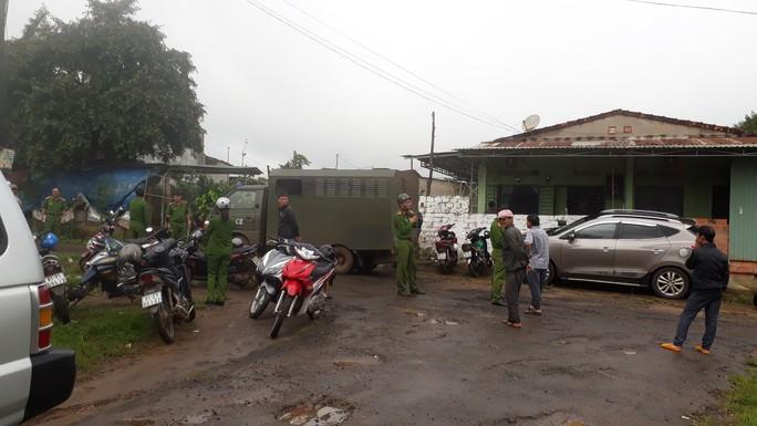 Vụ tra tấn người làm thuê dã man ở Gia Lai: Tiếp tục khám nhà Nga vọc - Ảnh 1.