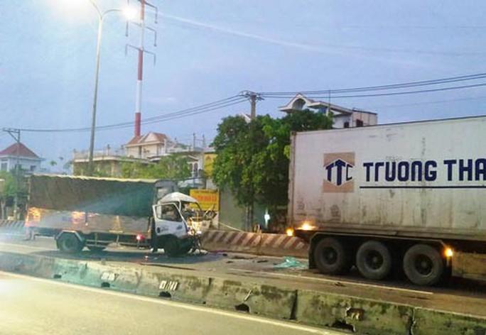 Ám ảnh tai nạn vì tông vào đuôi xe tải - Ảnh 2.