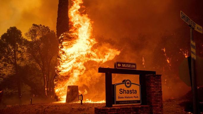 Cháy khách sạn, 5 đứa bé cùng một nhà thiệt mạng - Ảnh 3.