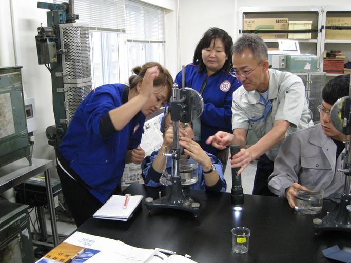 Nhật Bản muốn đào tạo bác sĩ xã hội cho Việt Nam - Ảnh 1.