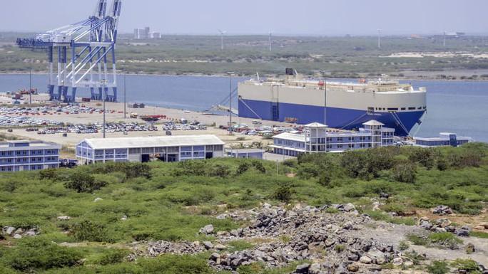 Sri Lanka chuyển cảng gán nợ cho Trung Quốc thành căn cứ hải quân - Ảnh 1.