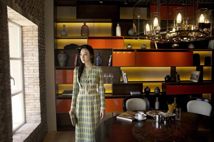 Không khoe thân, Angela Phương Trinh vẫn cực đẹp - Ảnh 5.