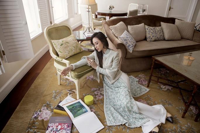 Không khoe thân, Angela Phương Trinh vẫn cực đẹp - Ảnh 7.