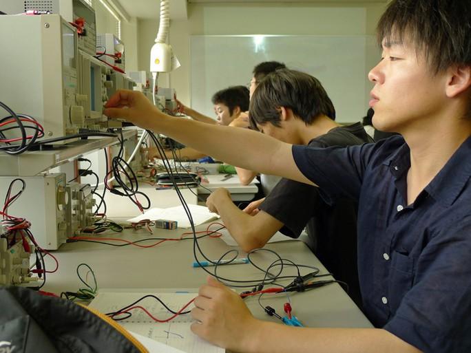 Nhật Bản muốn đào tạo bác sĩ xã hội cho Việt Nam - Ảnh 2.