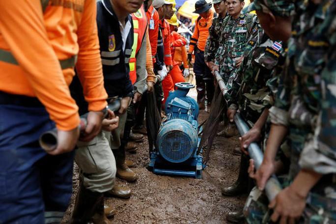 Vụ giải cứu đội bóng mắc kẹt: Thái Lan huy động lực lượng cực khủng - Ảnh 4.