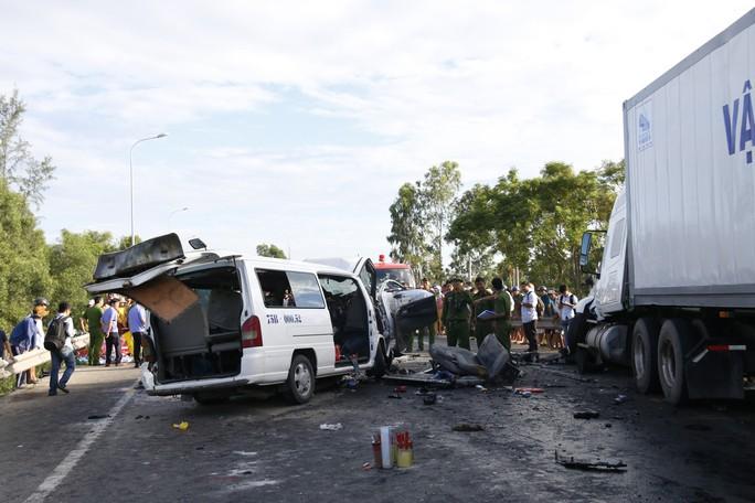 Tai nạn thảm khốc, chú rể và 12 người chết khi đi rước dâu - Ảnh 8.