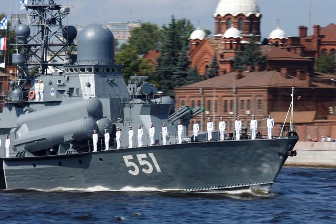 Khoe sức mạnh, Hải quân Nga vẫn có vấn đề? - Ảnh 6.