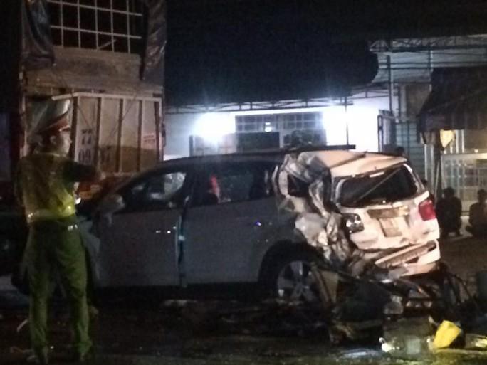 Thêm 1 vụ tai nạn kinh hoàng trên Quốc lộ 1, đoạn thuộc tỉnh Đồng Nai - Ảnh 4.