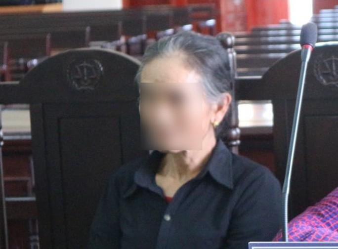 Mưu hèn của cô giáo về hưu đối với học sinh cũ - Ảnh 2.